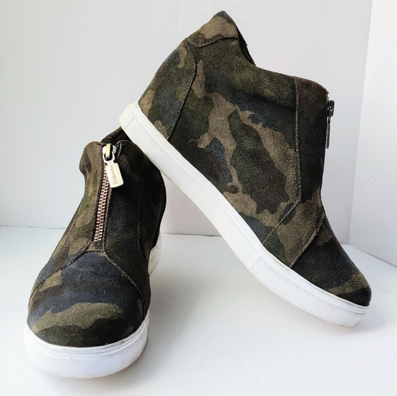 Steve Madden Shoes | Blondo Glenda Camo